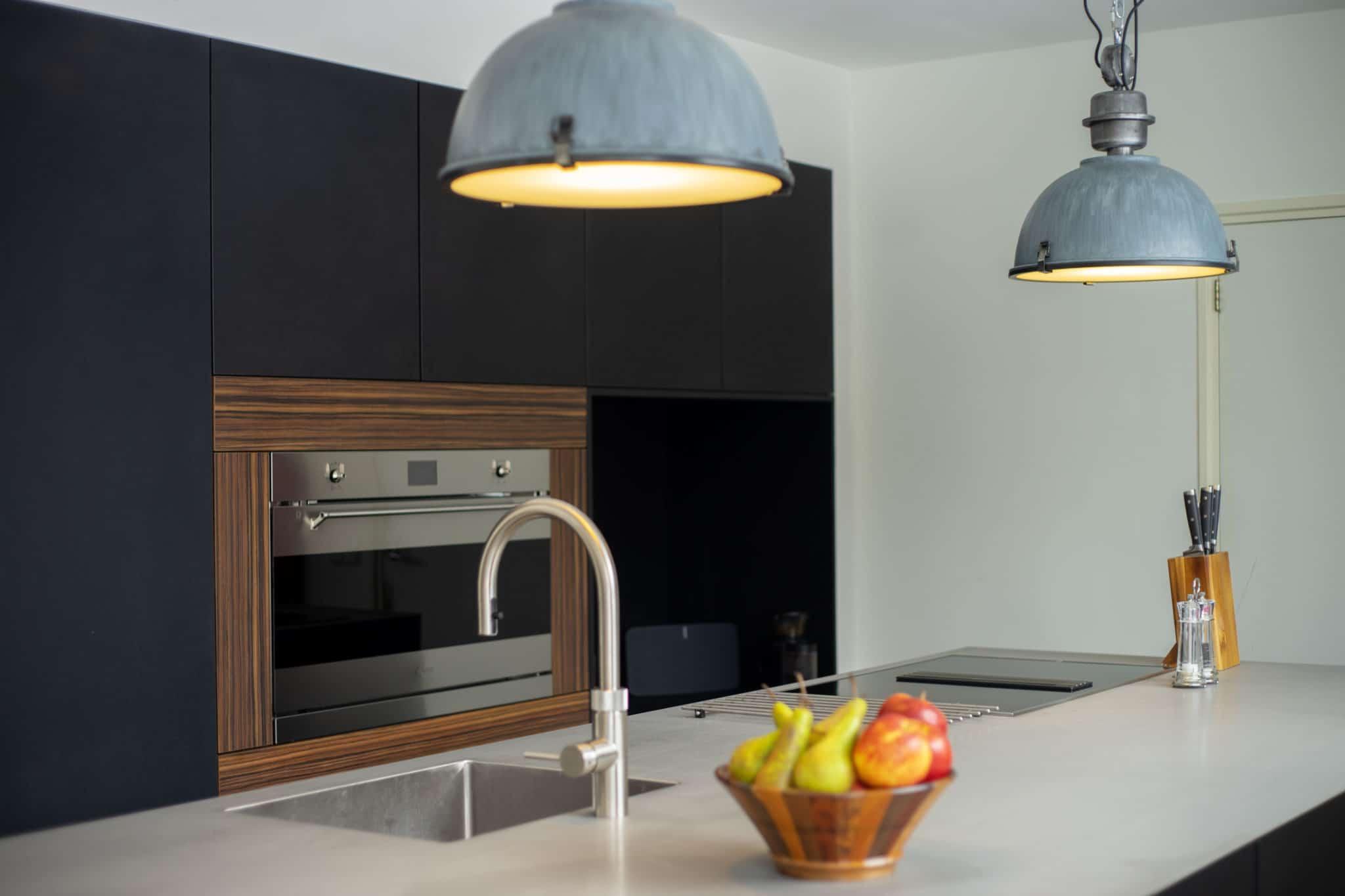 Donkere moderne design keuken gebr. smits eindhoven veldhoven